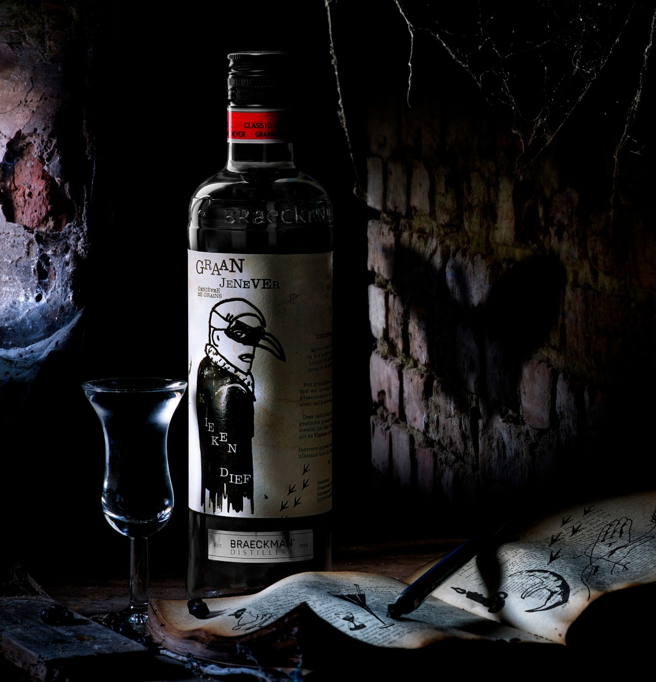 Quatre Mains package design - spooky, alcohol, drinks, branding