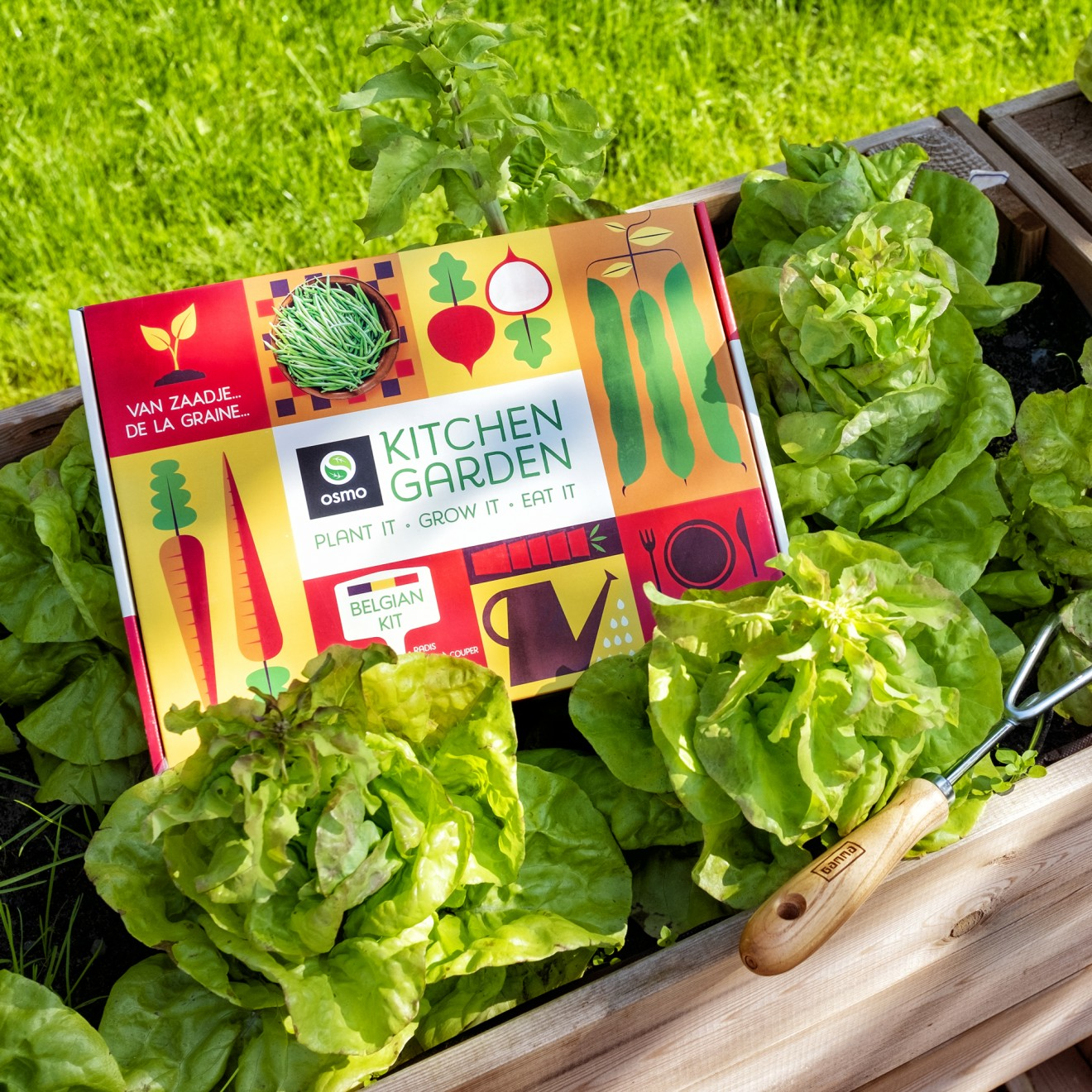 Quatre Mains package design - packaging, gardening, grow