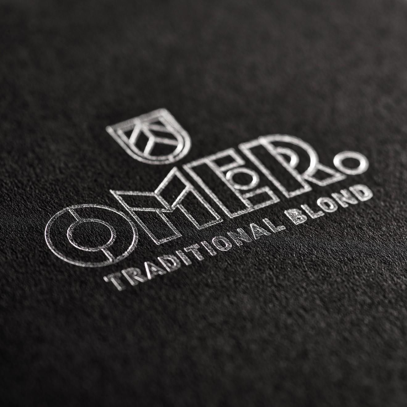 Quatre Mains package design - brand, foil printing, limited, edition