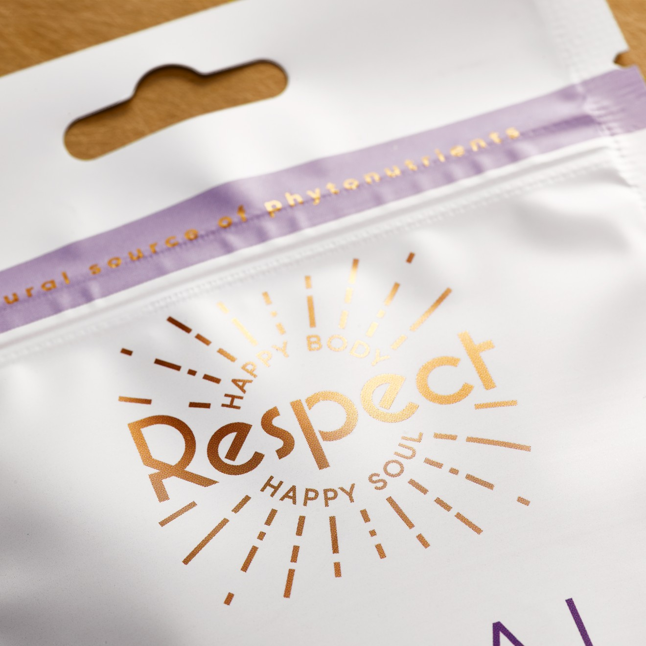 Quatre Mains package design - respect, foil, pouch