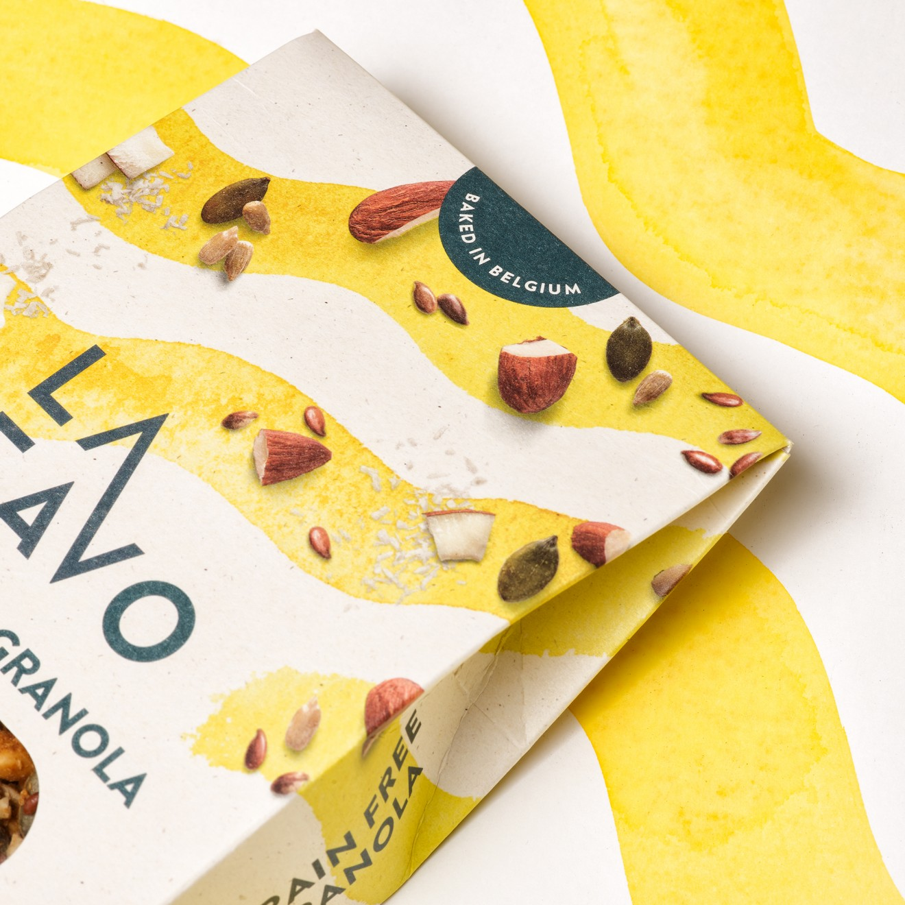 Quatre Mains package design - almond, coconut, flavour, belgian