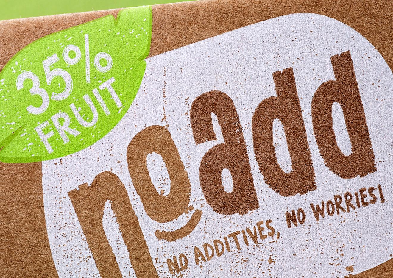 Quatre Mains package design - no add, fruit, no worries