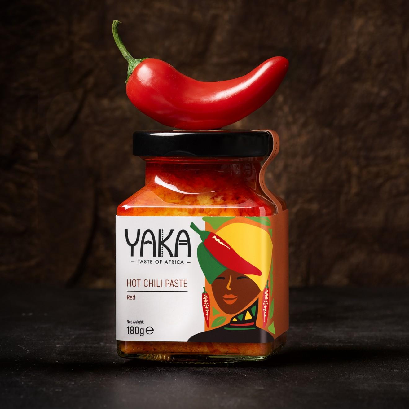 Quatre Mains package design - chili, red, paste, lady