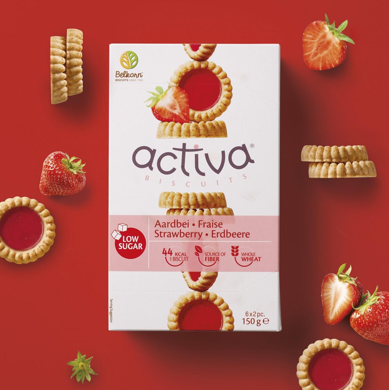 Quatre Mains package design - grains, red, cardboard