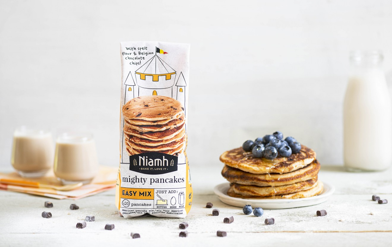 Quatre Mains package design - drawing, branding, quatre mains, blueberry, pancakes