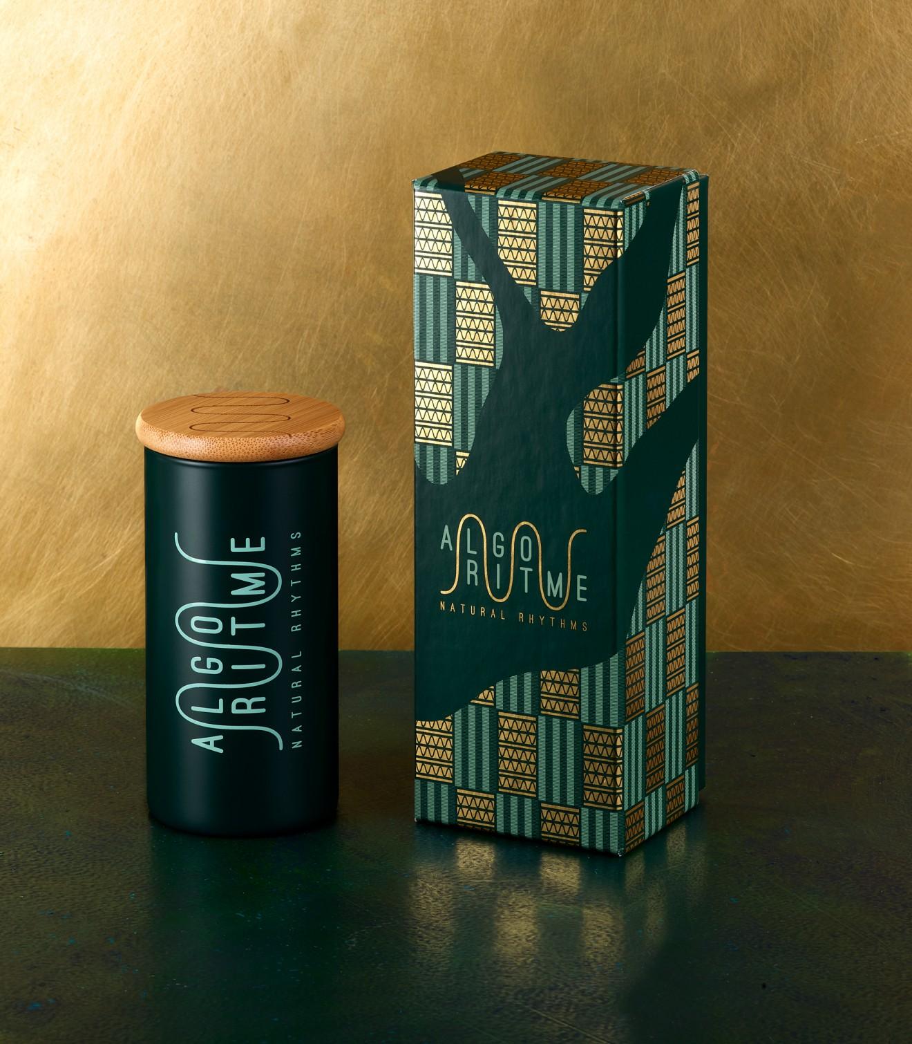 Quatre Mains package design - hotfoil, branding, ghana, quatre mains