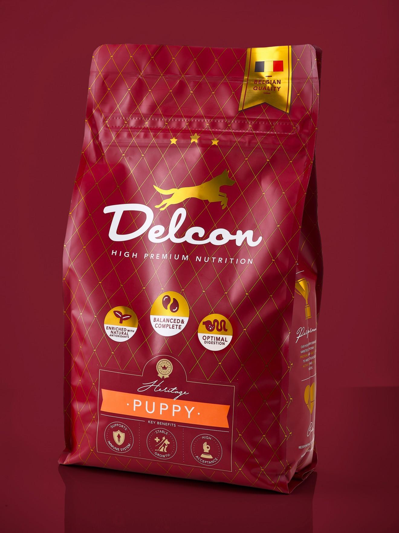 Quatre Mains package design - branding, puppy, dog food