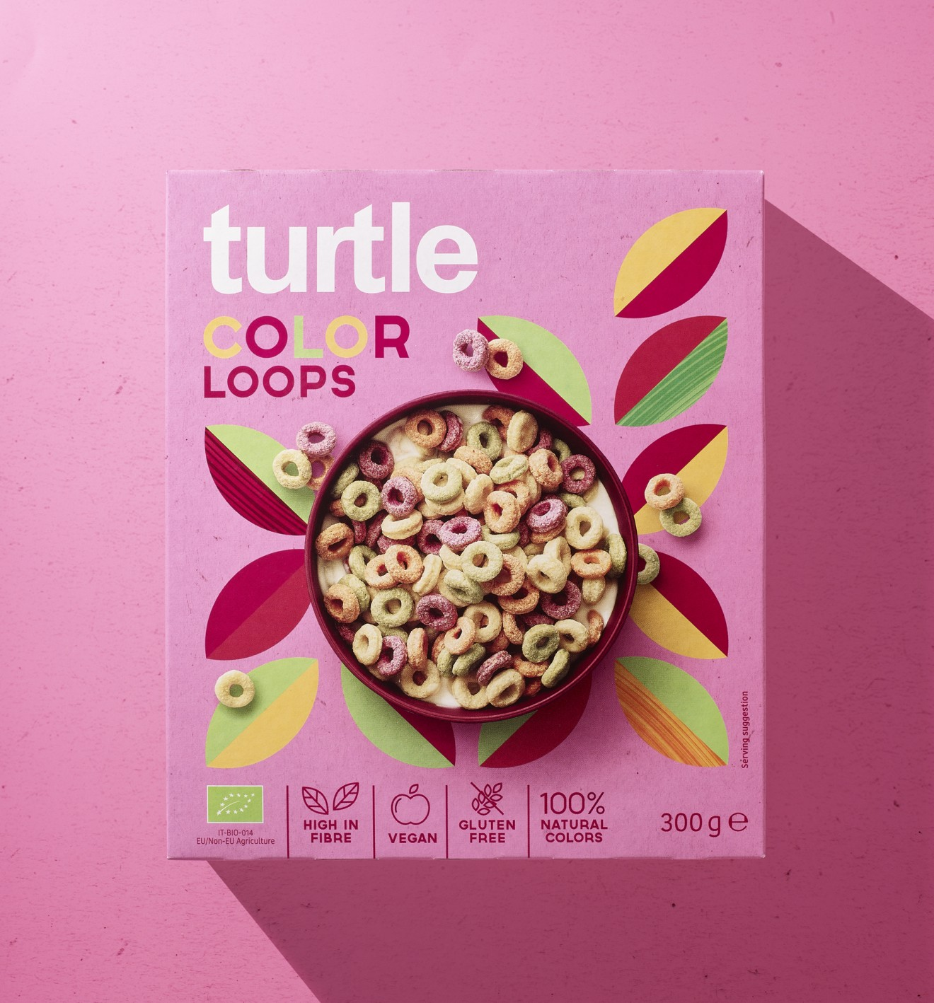 Quatre Mains package design - color loops, healthy, cereals, retro, vintage, pattern, decorative, quatre mains, turtl
