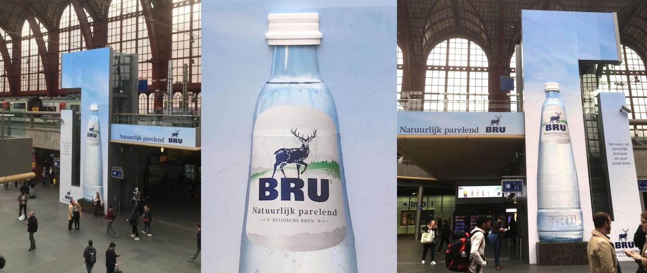 Quatre Mains package design - billboard, bru, water, quatre mains, design, packaging