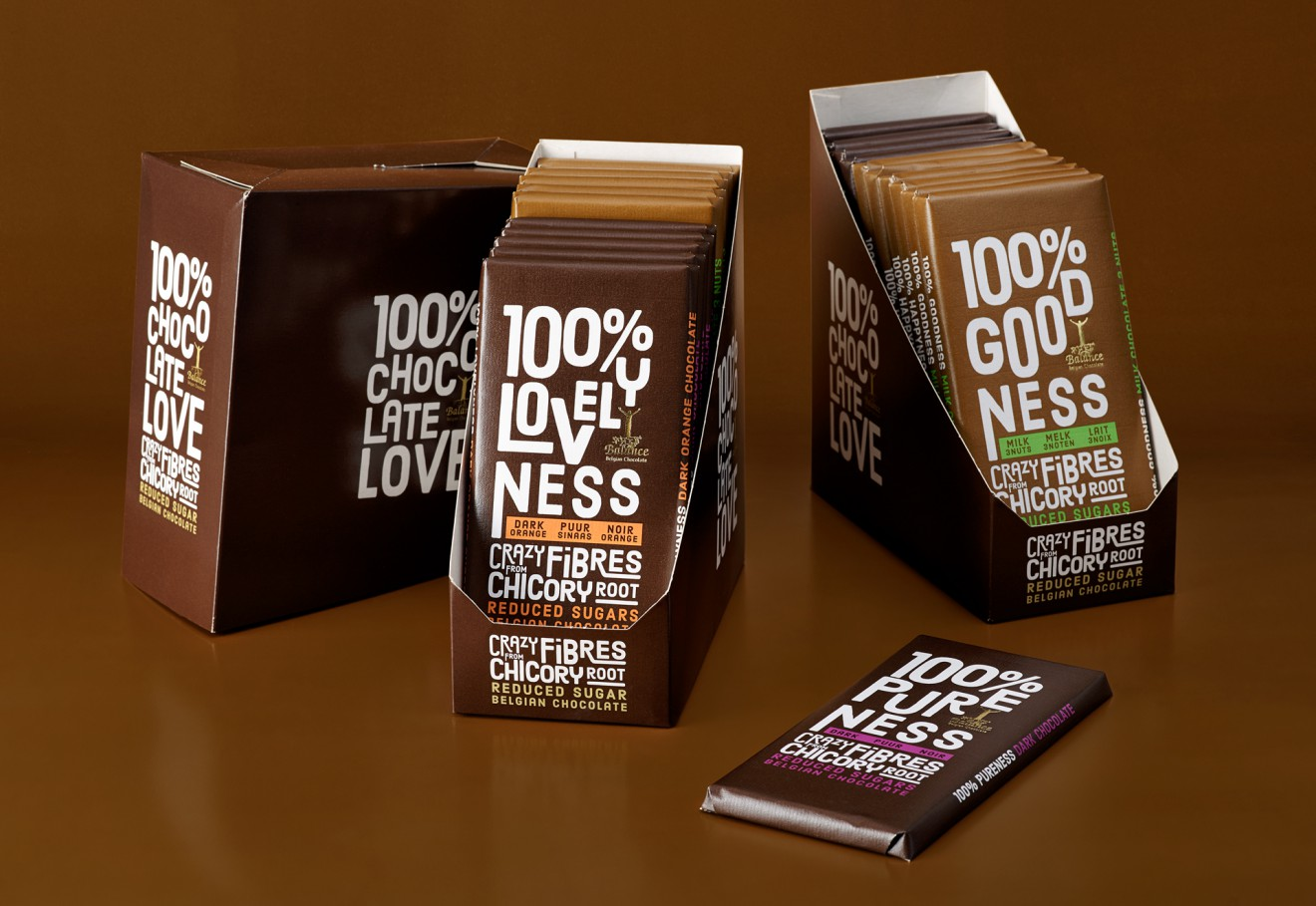 Quatre Mains package design - display, shelf, packaging, chocolate