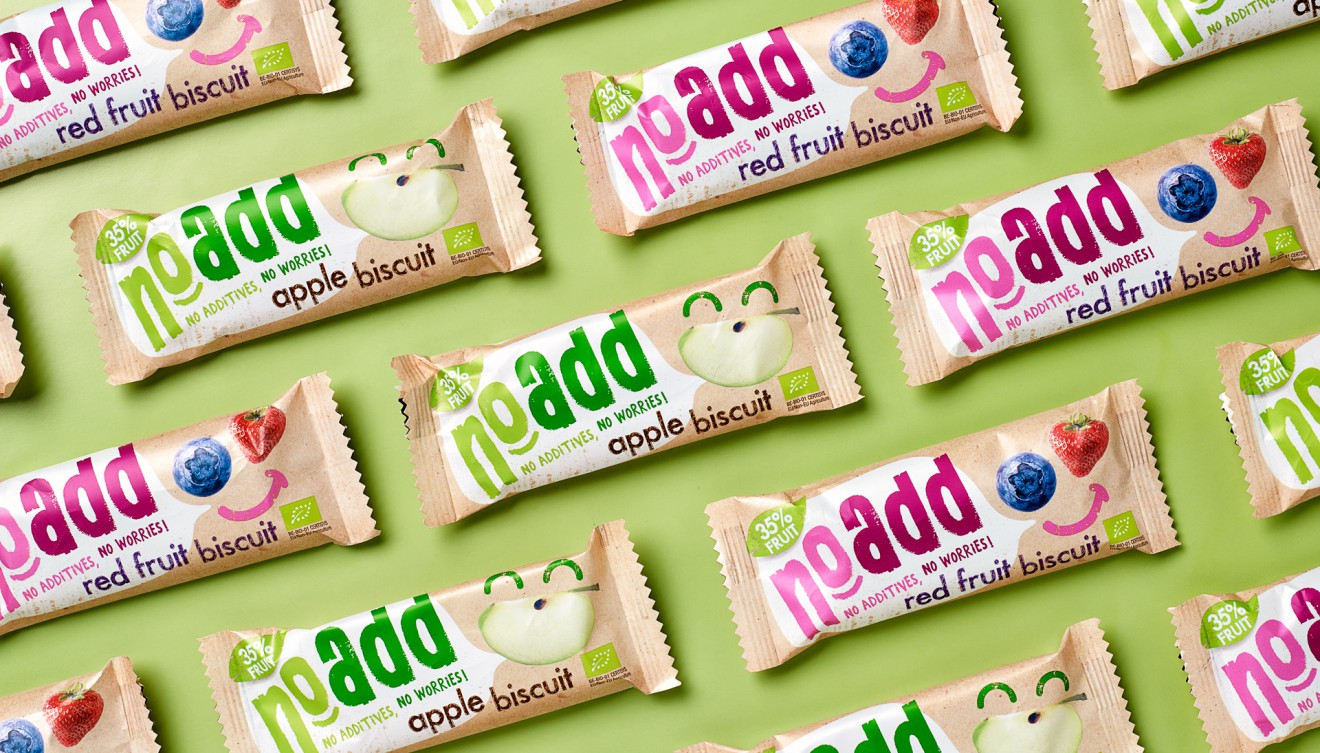 Quatre Mains package design - NoAdd, fruti bar, vegan, quatre mains