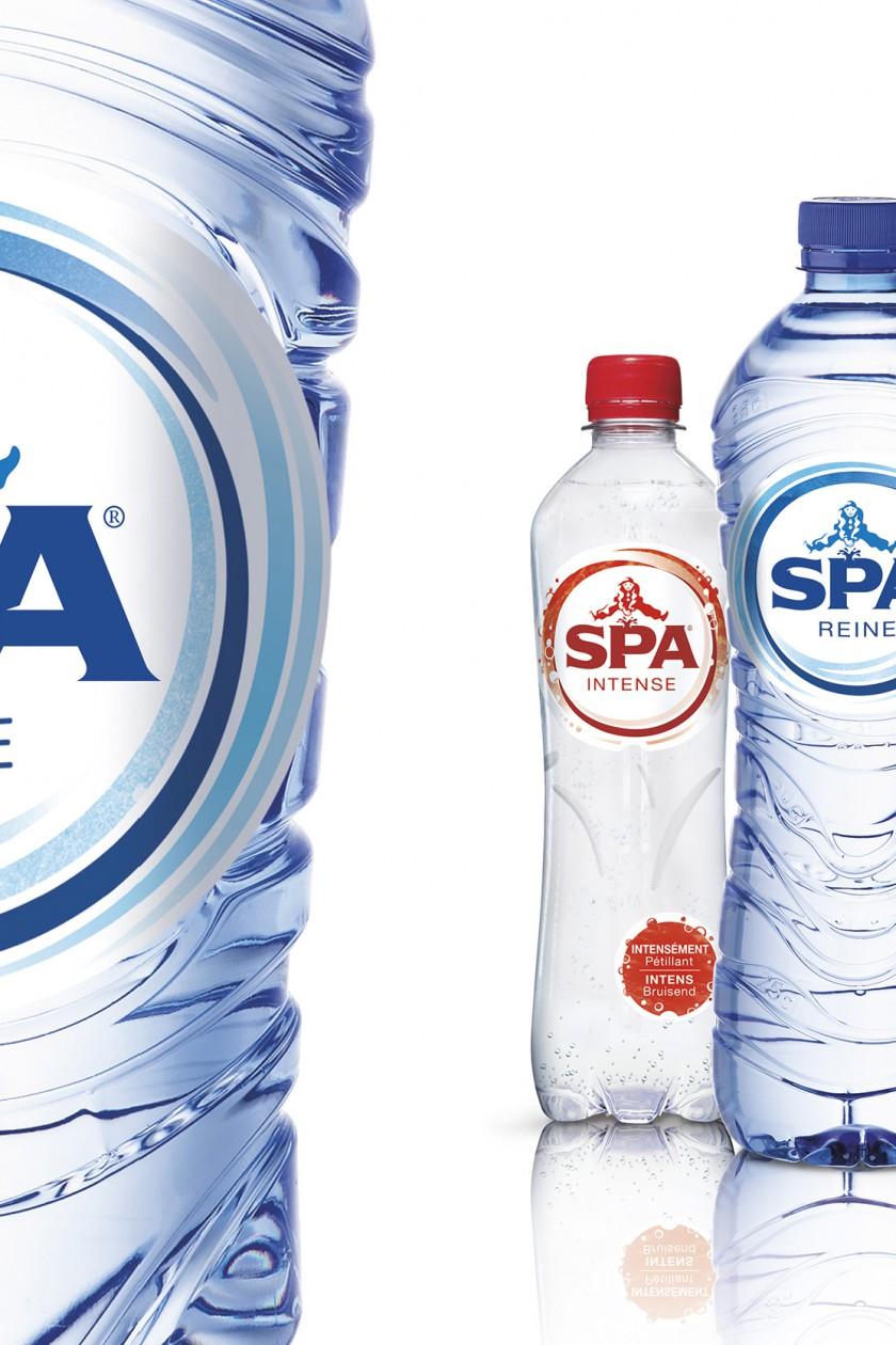 Quatre Mains packaging - Spa bottles, case, spadel