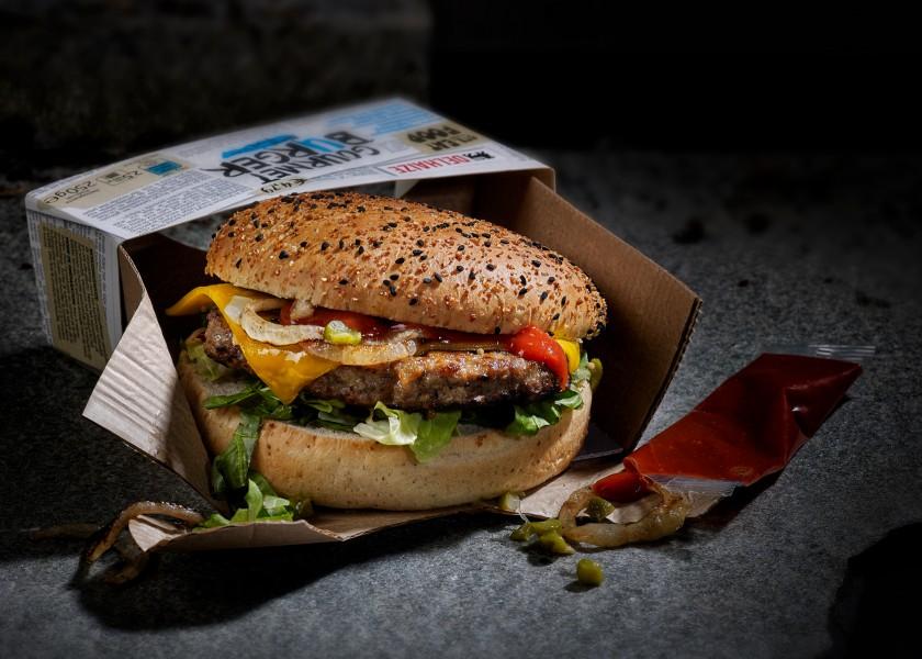 Quatre Mains package design - Package design Hamburger, New York Style, Delhaize, Streetfood, Str.eat Food, Streatfood
