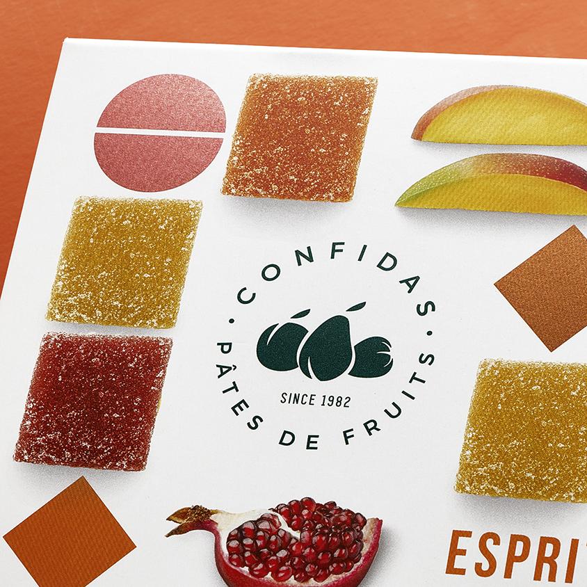 Quatre Mains package design - branding, esprit, pomegranate